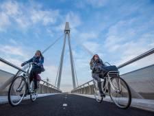 Valpartijen ondanks antivriesasfalt op fietsbrug De Snelbinder
