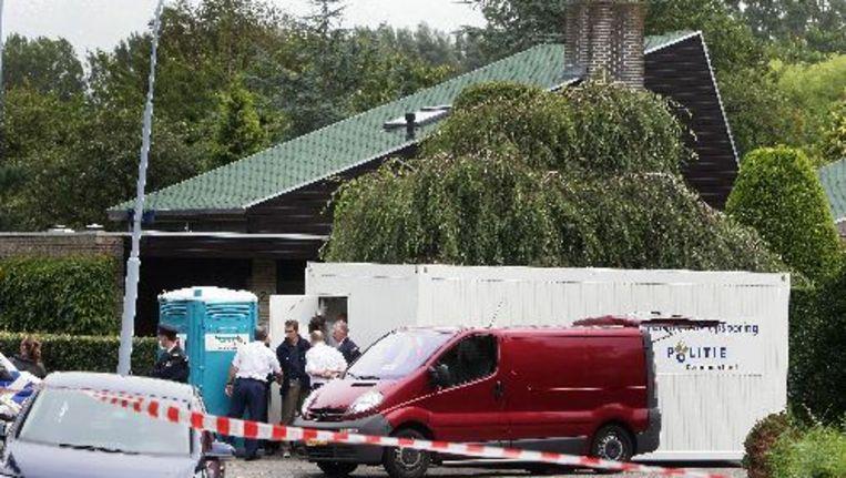 De woning in Badhoevedorp waar de 64-jarige Elzelien K. op 5 september 2008 haar man (61) en dochter (22) met een bijl tijdens hun slaap om het leven bracht. ANP Beeld