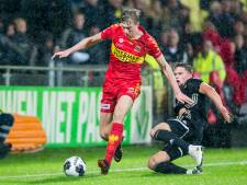 GA Eagles wint met 2-1 van Jong Ajax en is weer koploper