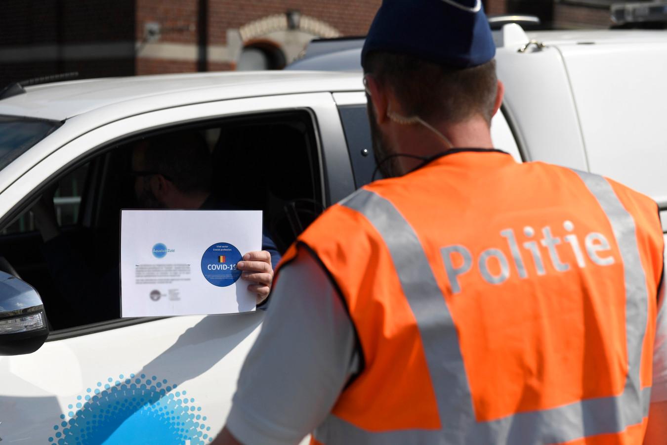 Contrôle de police en avril 2020.
