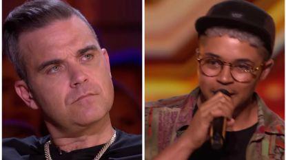 Transgender zanger in 'The X Factor' blaast publiek weg, maar brengt Robbie Williams in de problemen