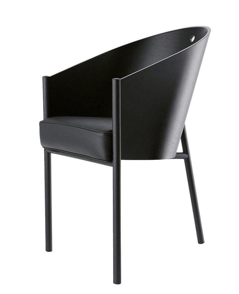 Stoel: De 'Costes'-stoel van Philippe Starck wordt sinds 1984 geproduceerd door Driade, € 804. musthaves.nl Beeld .