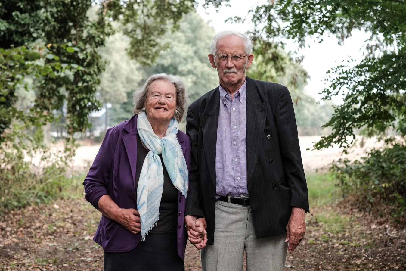 Voor Evert en Corrie de Niet-Vrolijk uit Scheveningen is Aalten 'het beloofde land'.