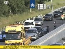 Ongeluk in kijkersfile zorgt voor nieuwe vertraging op de A58, weg weer vrij