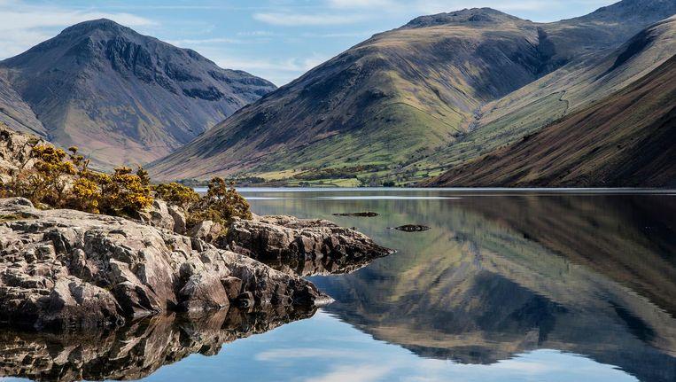 De Scafell Pike in de Lake District in Engeland is een bekend wandelgebied. Wandelaars moeten wel voorbereid zijn op de bergen