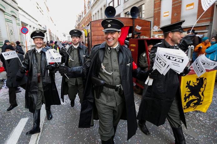 In 2013 ontstond al discussie over het Aalster carnaval naar aanleiding van deze groep in SS-uniform in de optocht.