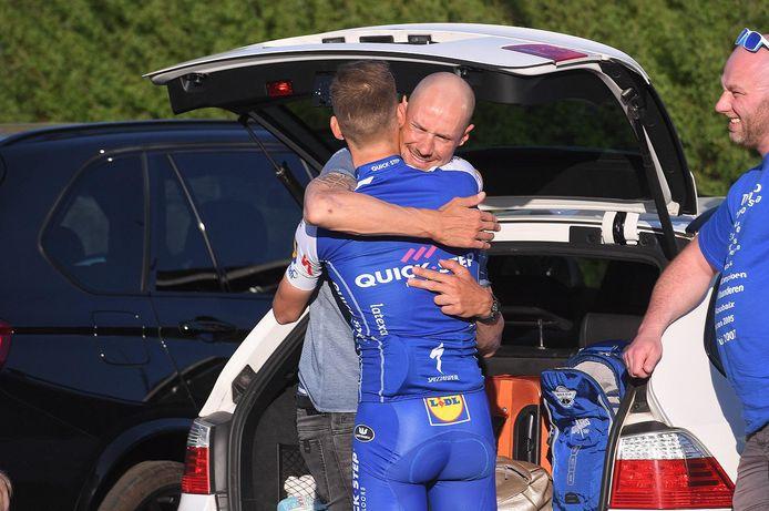 Boonen en Stybar knuffelen nog een laatste keer als ploeggenoten