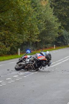 Geschepte motoragent reed met hoge snelheid bij training spoedrit