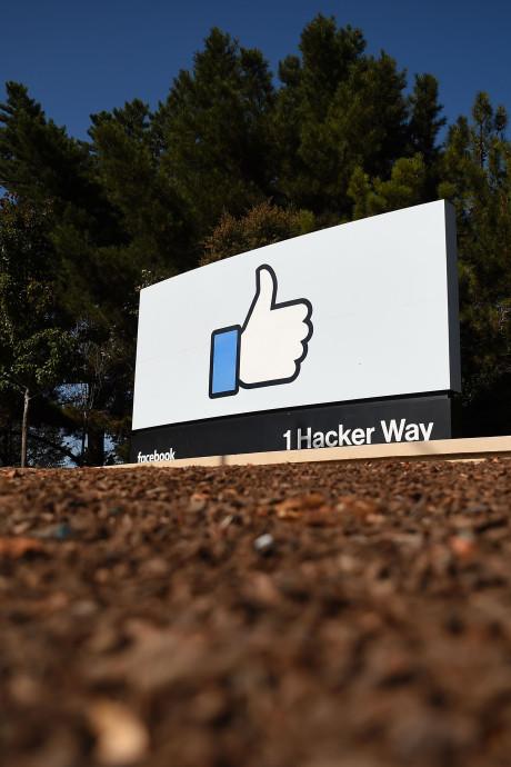 """Facebook accepte de """"payer plus d'impôts"""""""