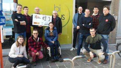 De Zeven schenkt 1.500 euro aan Westhoek Vrije tijd Anders
