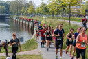 Langs de Zwolse grachten, door Zwolse bedrijven. De Urban Trail Run gaat door het hele centrum van Zwolle.