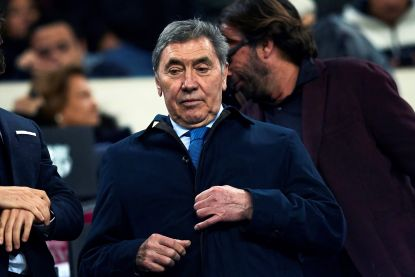 Eddy Merckx opgemerkte gast tijdens Champions League-match in Camp Nou