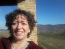 Huissense Mieke vanaf haar camping in Italië: 'Meer coronatests, minder geld voor ondernemers'