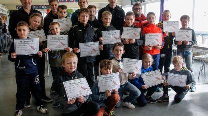Leden Keeperschool krijgen diploma