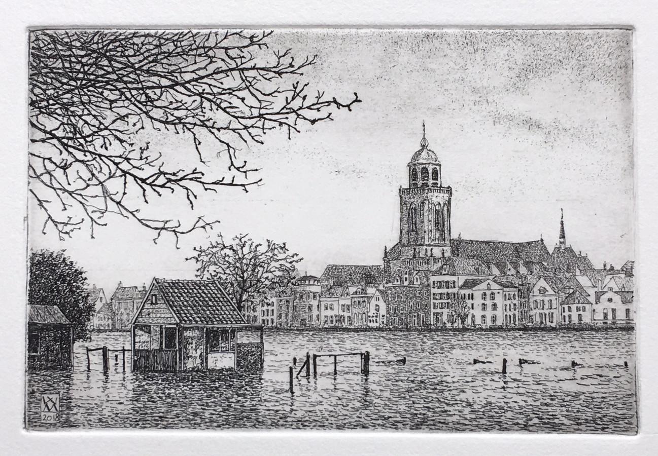 Hierbij een opname van mijn nieuwe ets van Deventer met de onvolprezen skyline. De ets meet 15 x 10 cm en is te zien in Galerie Bij Floors de Berg Op (Walstraat 8), aldus Wim van der Meij