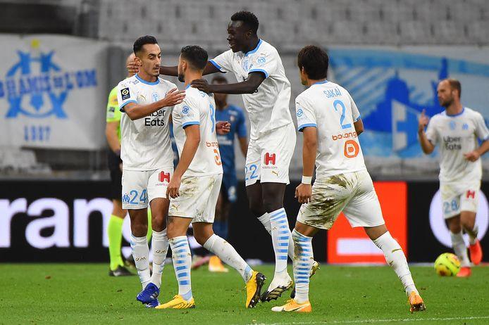 Opluchting bij Marseille na de late 1-1 van Morgan Sanson (tweede van links).