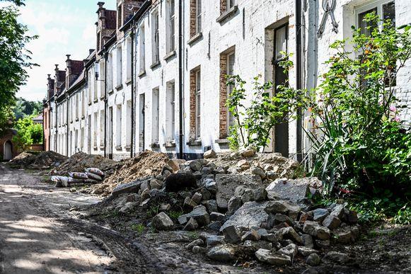 Het Begijnhof  leek de voorbije maanden meer een stort dan toeristische trekpleister.