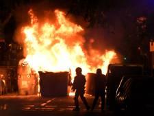 Catalaanse activisten steken auto's in brand tijdens gewelddadige protesten