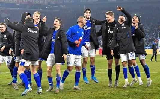 De Schalke spelers vieren een feestje na hun overwinning op Union Berlin afgelopen November.