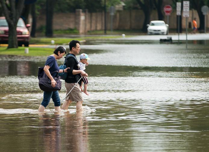 Overstromingen en andere extreme weersomstandigheden komen vaker voor door de hoge CO2-concentratie in de atmosfeer.