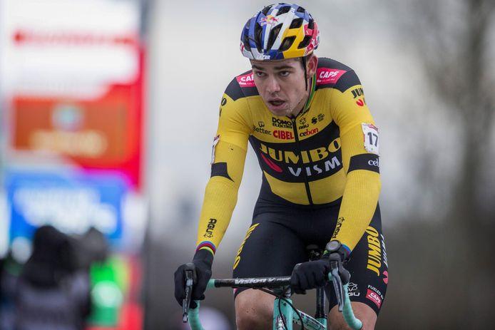 Deux podiums en deux jours: retour convaincant pour Wout Van Aert dans les labourés.