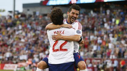 Tottenham-Belgen niet opgewassen tegen Villa en Kaka in All Star Game, ook Ciman maakt opwachting