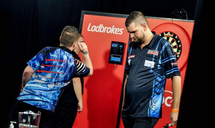 Martijn Kleermaker (rechts) dit jaar in Minehead bij de UK Open.