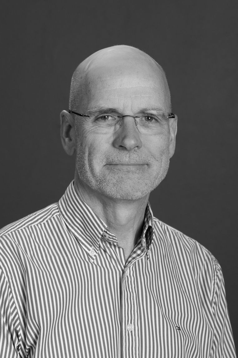 Clive Hamilton is professor aan de Universiteit van Canberra en auteur van meerdere boeken over China's buitenlandbeleid.  Beeld