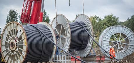 150 kv-leiding  via 'Bels buikje' verder van Blaak