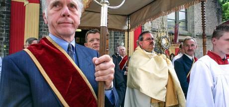 Heisa over de traditionele processie in Wehl