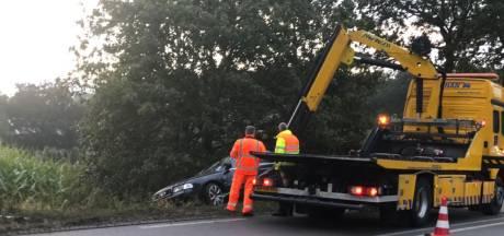 Auto slaat over de kop in Bredevoort
