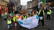 """""""Wij zijn het beu, red het milieu"""": klimaatmars trekt door Vilvoordse binnenstad"""