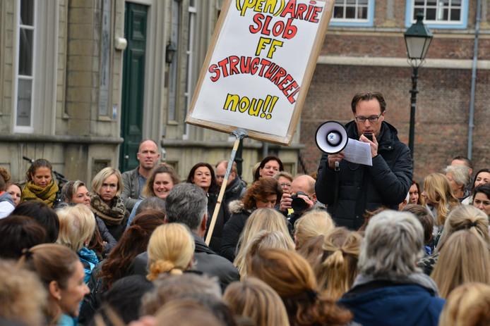 Protestmars in Breda op het Kasteelplein