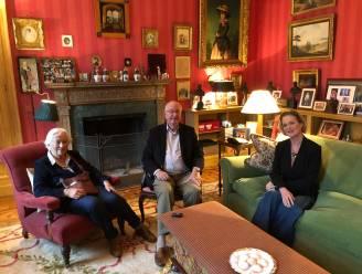 """COLUMN. Hugo Camps over het iconische beeld van Albert, Paola en Delphine: """"De harten zijn nog niet helemaal ontdooid"""""""