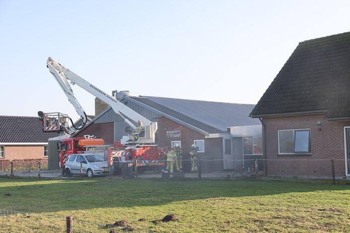 Bij een keukenbrand in Noordeinde is vandaag iemand gewond geraakt.