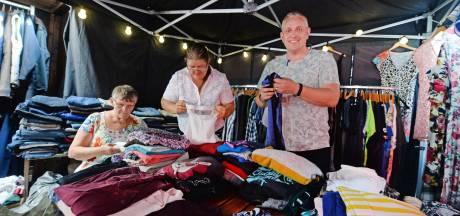 Goorse hulporganisatie geeft minima gratis eten en kleding