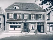 Historische afbeeldingen van Wijhe sparen bij lokale supermarkt: 'Groter dan voetbalplaatjes'