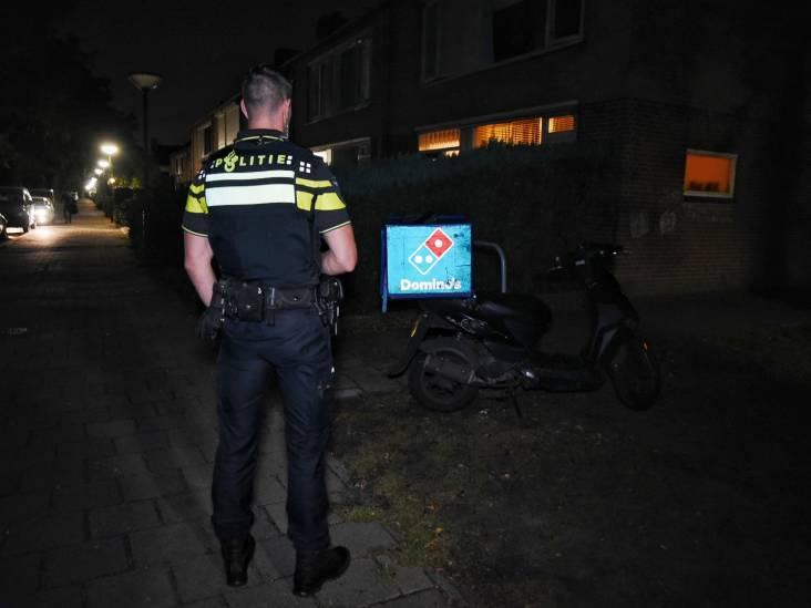 Pizzakoerier aangereden in Oisterwijk, automobilist rijdt door