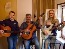 Muziekleraar zet zich in voor mensen met taaislijmziekte, muziekmiddag in Hoogerheide