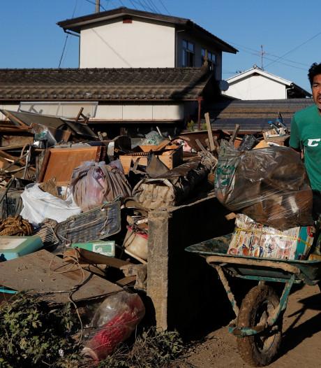 Typhon au Japon: le gouvernement envisage un report du défilé impérial du 22 octobre