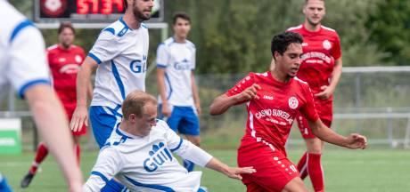 Voetballers spelen tweede ronde van districtsbeker