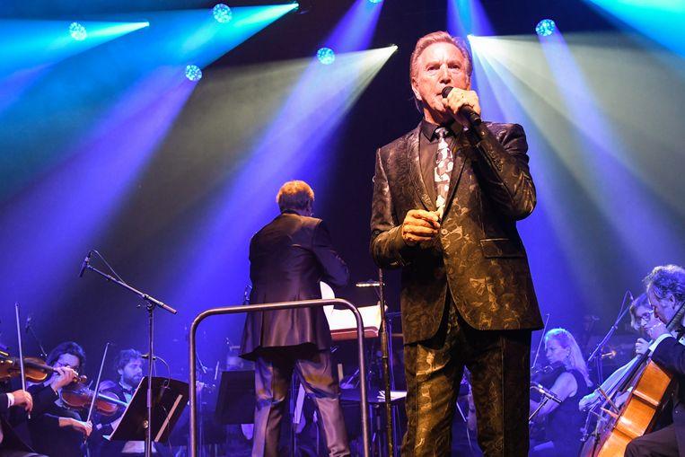 Will Tura stond samen met een orkest van het Brussels Philharmonic op het podium van een uitverkochte AB.
