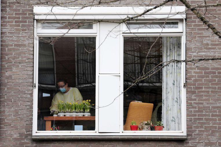Het Rotterdamse verpleeghuis De Leeuwenhoek. Bijna de helft van de bewoners van een afdeling voor dementerende ouderen is de afgelopen drie weken overleden. Beeld ANP