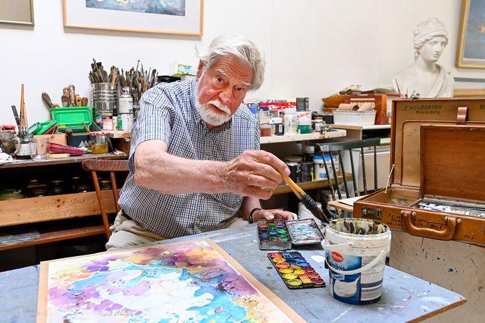 Kunstenaar Joop Mijsbergen heeft 25 aquarellen gemaakt, toen hij vastzat in Spanje.
