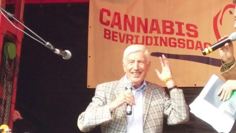Oud-premier Dries van Agt op de Cannabis Bevrijdingsdag Beeld Bart van Zoelen