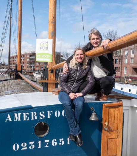 Wie wil wonen op een historisch schip in de Eemhaven: grijp je kans!