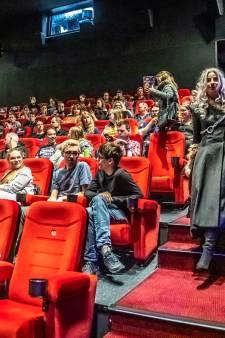 Fans van Game of Thrones kijken laatste aflevering in Pathé Zwolle: 'Het was shit'