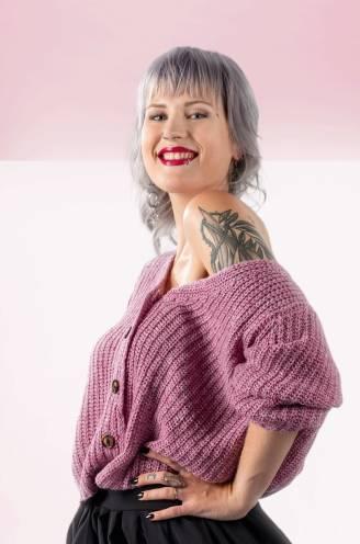 """Nicky (27) liet preventief haar borsten amputeren: """"Een defect gen dat kanker vrije toegang geeft, daar wil je toch iets aan doen?"""""""