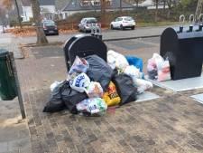 Illegaal afval bij nieuwe ondergrondse afvalcontainers in Dommelen: 'We doen het stiekem zelf'