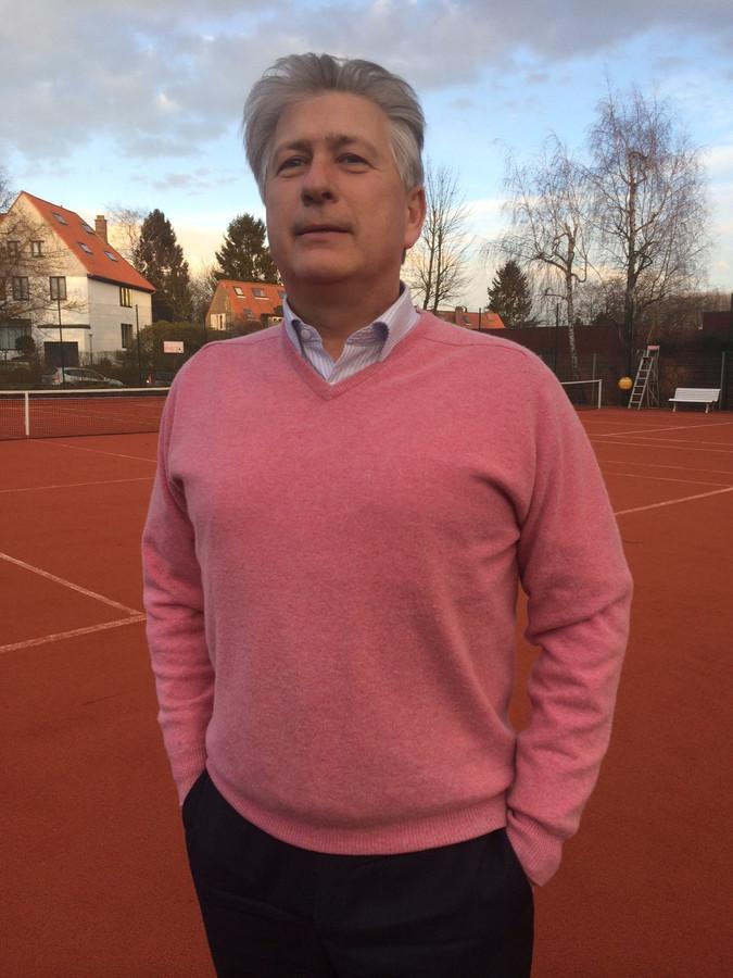 Éric Bott, député bruxellois et Échevin des sports à Woluwe-Saint-Lambert, a bondi de sa chaise en apprenant cette nouvelle.